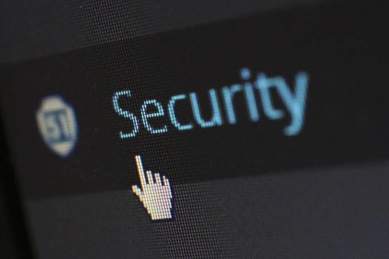 Страховщики РФ ждут роста киберстрахования, развитие сегмента тормозит низкий спрос и отсутствие законодательной базы