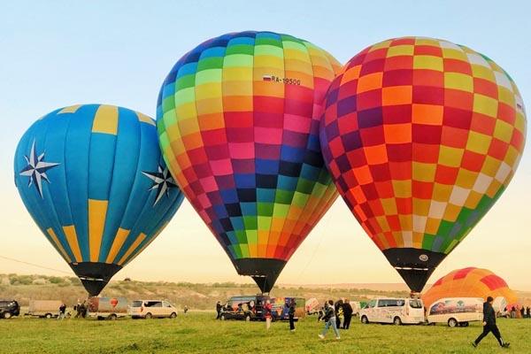 Read more about the article Брокер на Фестивале воздухоплавания