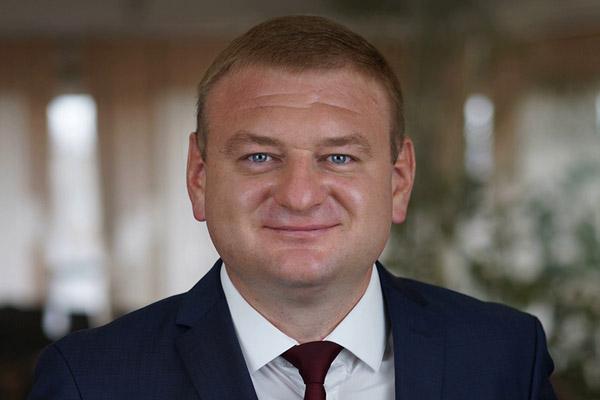 Read more about the article Интервью с генеральным директором Константином Зборовским